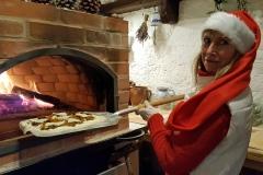 Flammkuchen aus dem Holzbackofen